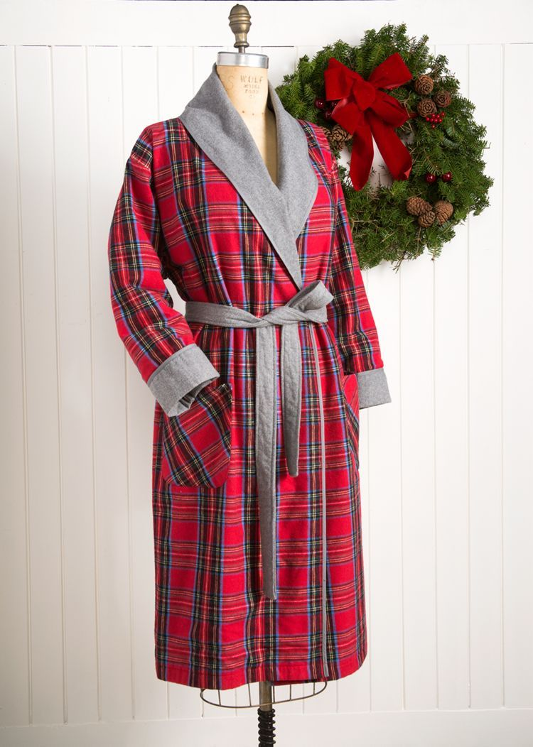 HANDCRAFTED USA. Relax in comfort in our Vermont Flannel Luxurious Robe. Plush Vermont Flannel feels super soft next to your skin and puts you at ease. A wrap-around design cuddles and comforts you. Unisex; one size fits most men and dnxvvyut.ml deep pockets for convenience and two belt loop options for different heights.