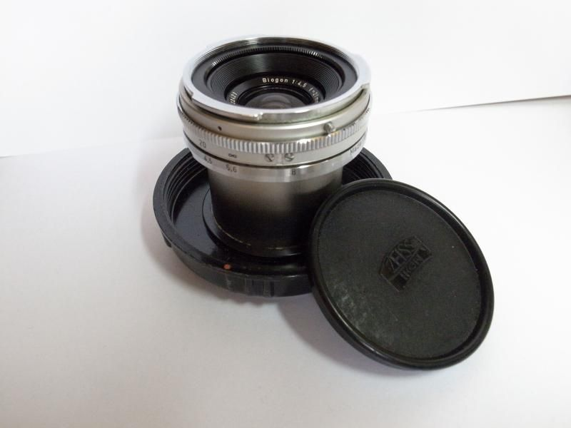 Contarex Carl Zeiss Biogon 21mm f4 5 with case , Leica M