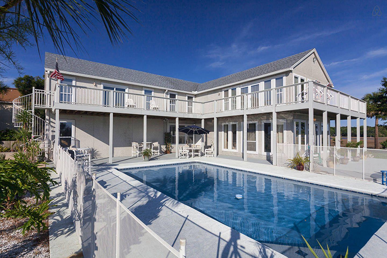 Buccaneer Retreat In Jacksonville Florida Beach Vacation Rentals Florida Vacation Rentals Fl Vacations