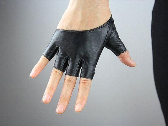 168b289b8f1f0 Real Leather Short Gloves - Black - Genuine Sheepskin Lamb - Women - Smooth  Half Palm Fingerless - Handmade