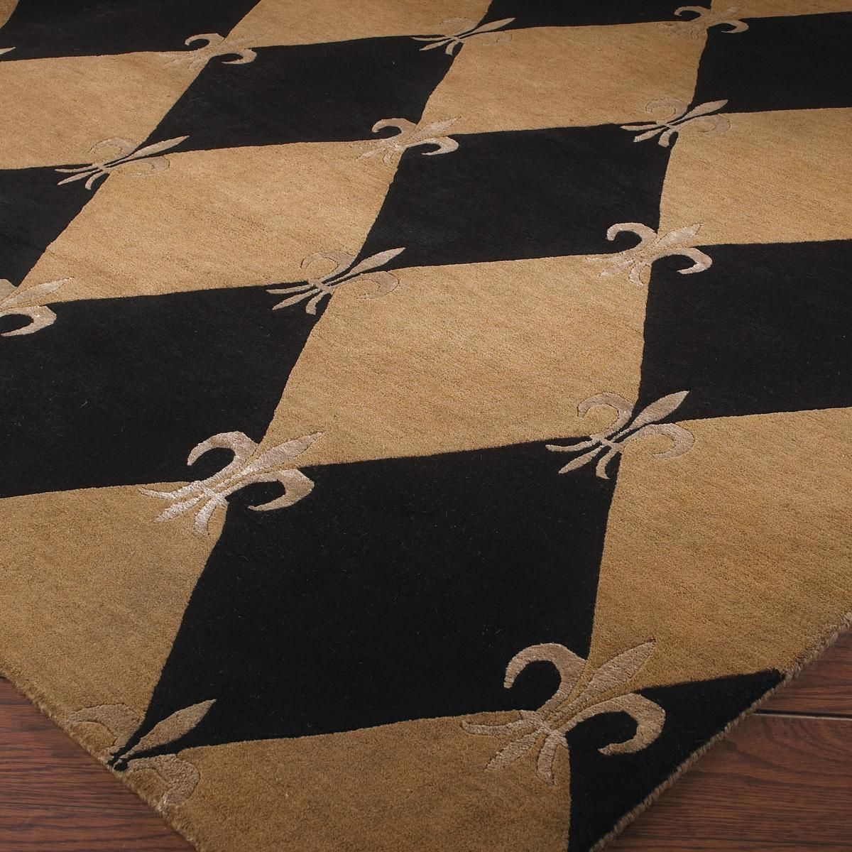 Harlequin Rug With French Fleur De Lis Charming Lovely