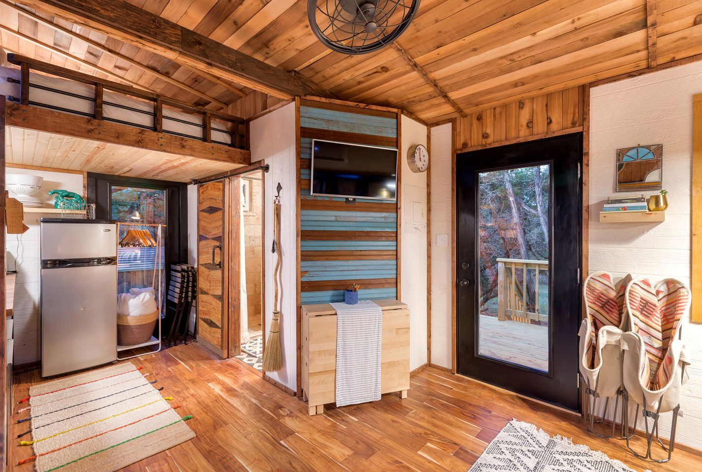 Stunning Wimberley Accommodation Ideal For Romantic Getaways Near Austin Tiny Houses For Rent Tiny House Tiny Living