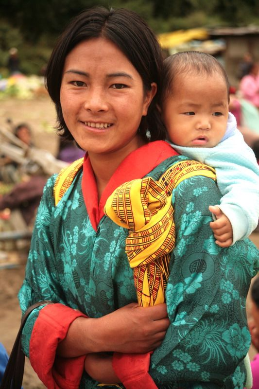 Bhutanese Beauty Wangdi Bhutan By Ihsan Mursaloglu Mother And Child Asian Kids World Cultures