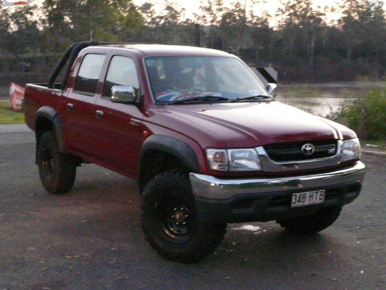 Kekurangan Toyota Hilux 2004 Tangguh
