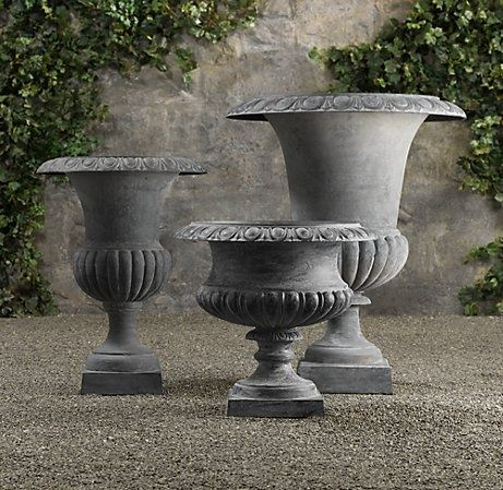 Decorative Urns For Plants Cast Iron Urns I'm Really Into The Lips  Ilerude  Pinterest