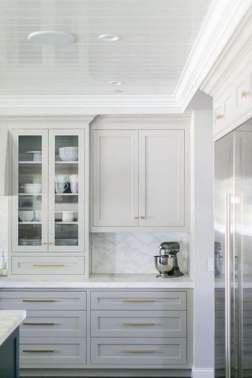 47 Getting Smart With Grey Kitchen Cabinets Painted Colors 56 - Decorinspira.com #graycabinets