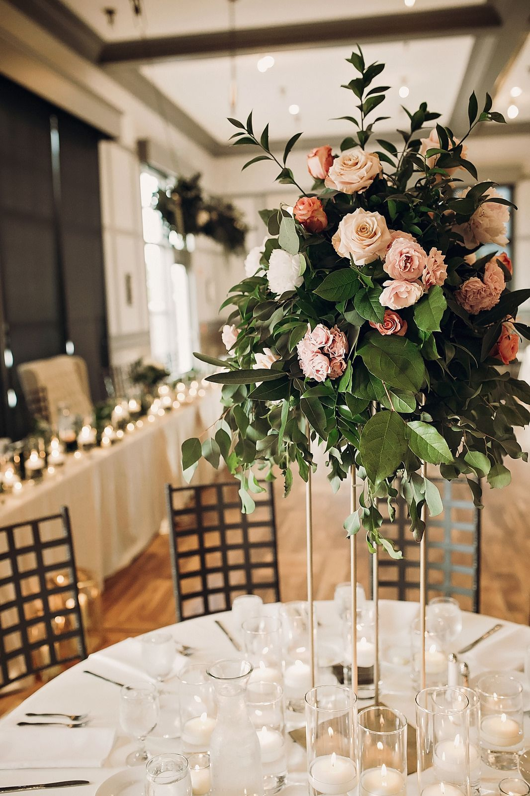 A Hip Boho Wedding At Noah S In Omaha Ne Floral Wedding