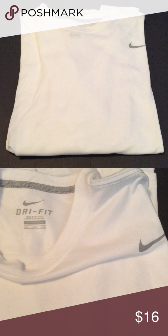 NWOT Nike Dri-Fit short-sleeve men's t-shirt XXL 60% cotton 40% polyester machine wash cold Nike Tops Tees - Short Sleeve
