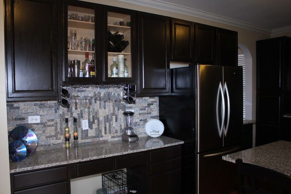 Best Black Kitchen Cabinets And White Countertops Refurbished 400 x 300