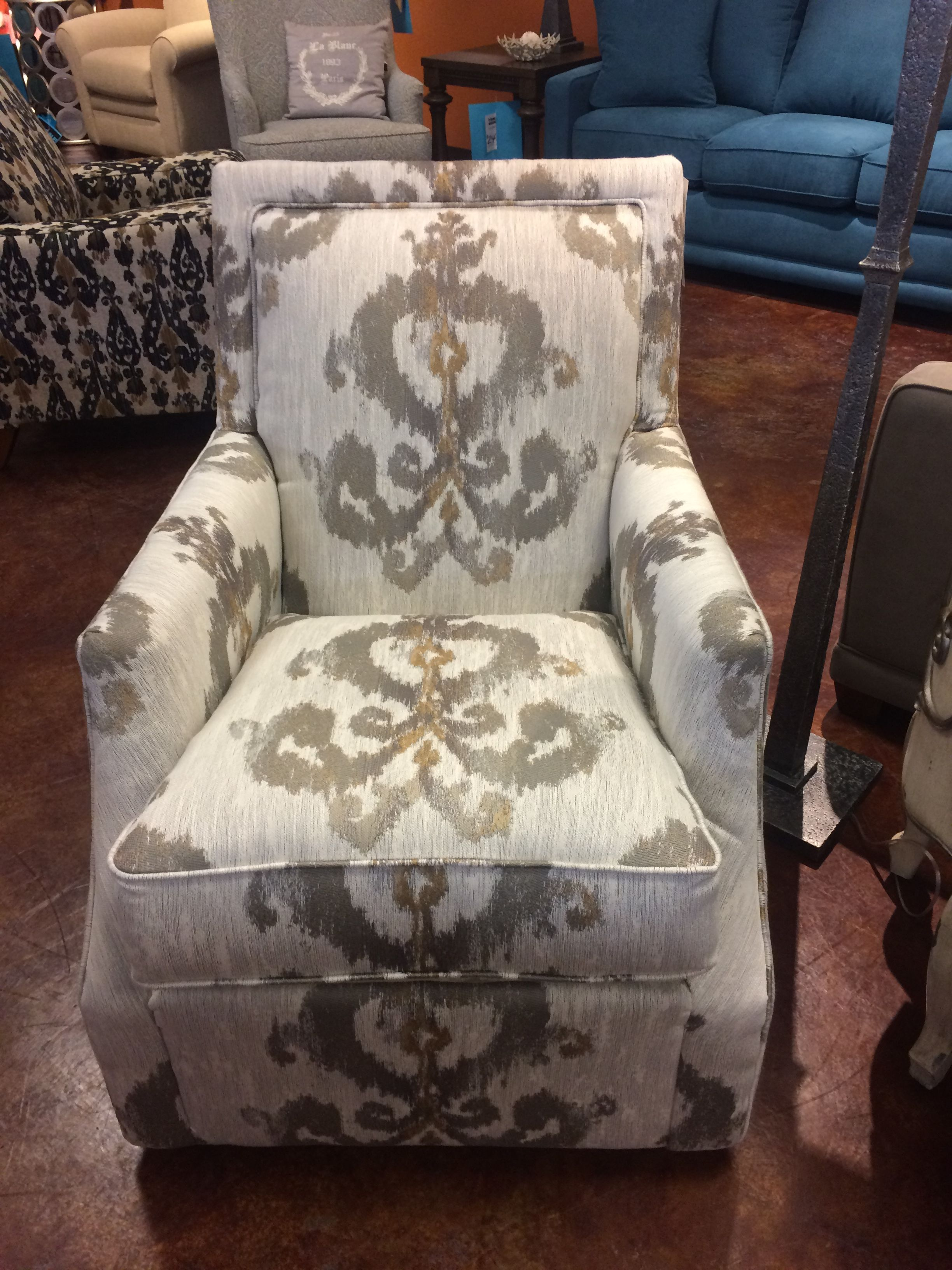 Mayo Furniture Manufacturing In Texarkana Tx With Images Blue Accent Chairs Slipcovers