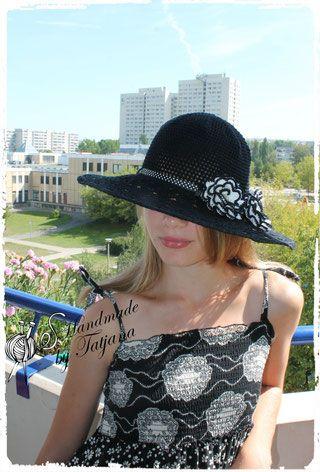 gehäkelter schwarzer Hut,gehäkelten Schwarzweißen Rosen. Damenhut ...