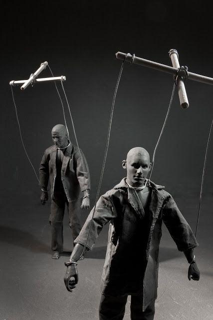 """""""marionetas"""" el hombre gris 2012 by Cayetano Ferrandez"""