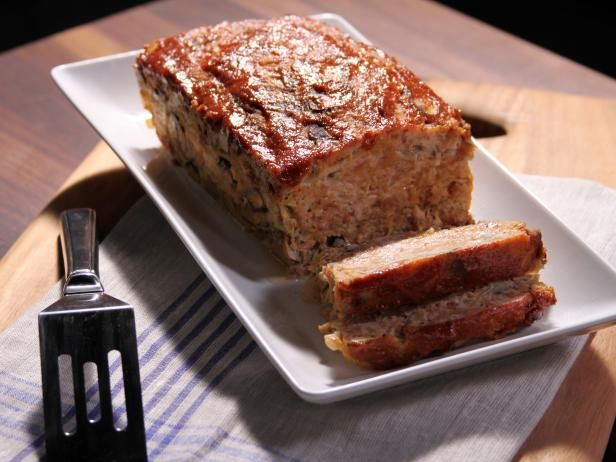 Turkey Bacon Cheeseburger Turkey Loaf : Bobby Deen uses 99 percent fat-free ground turkey and whole-wheat breadcrumbs to trim the fat from the comfort food classic.