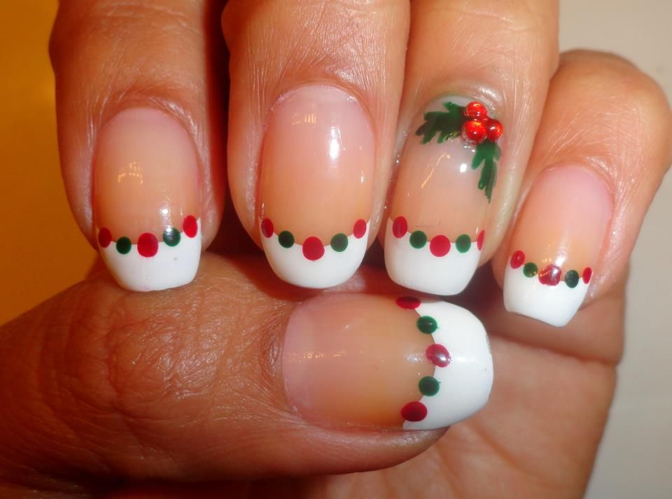 Christmas Holly Nails With Red And Green Art Designs