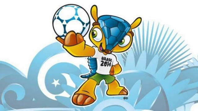 Novo Mascote da Copa surge com a Poliservice em São Paulo (clique na imagem para mais informações)