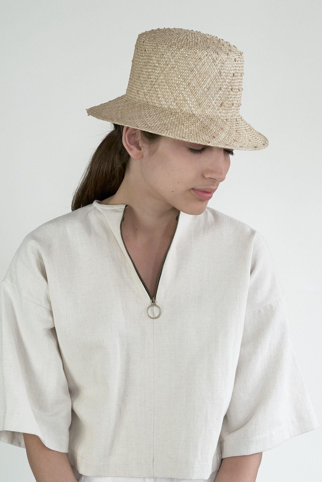 Short Brim Flat Top Hat in Cream Knotted