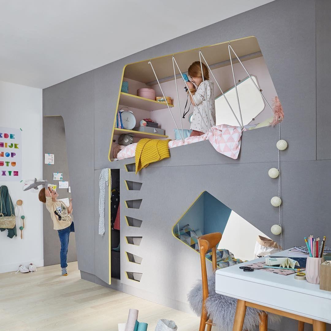 r novation vos deux enfants partagent une m me chambre avec cette cloison alc ves abritant. Black Bedroom Furniture Sets. Home Design Ideas