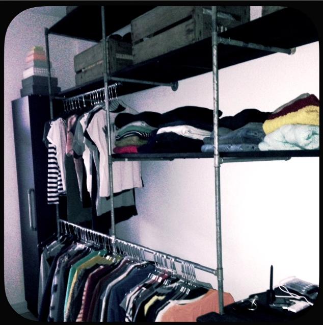 Byg selv garderobe af vandr r og genbrugstr home for Garderobe industrial