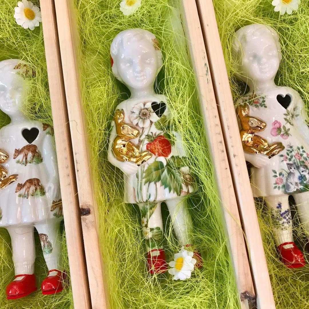 Limited edition porcelain clonette dolls by lammers en lammers at limited edition porcelain clonette dolls by lammers en lammers at troost en leut oosterhout parisarafo Gallery