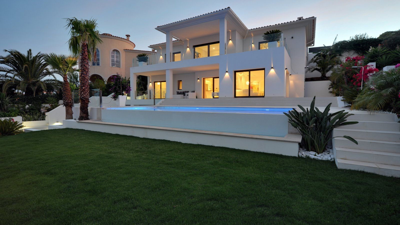 Immobilie Auf Mallorca Kaufen Luxusvilla In Nova Santa Ponsa Http Www Casanova Immobilien Mallorca Com De Suchergebnis 241614 1 Casas