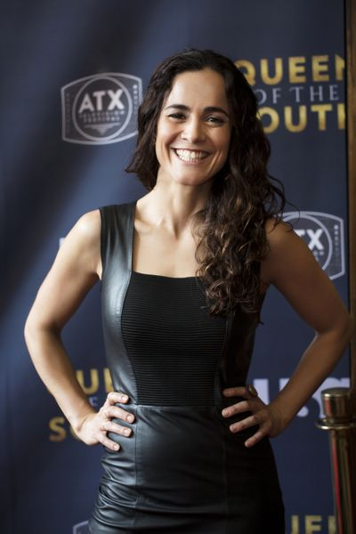 Alice Braga Queen Of The South Opening Night Usa Network