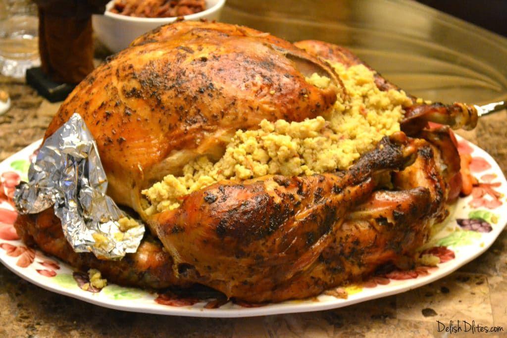 Pavo Relleno de Mofongo (Mofongo Stuffed Turkey) Recipe