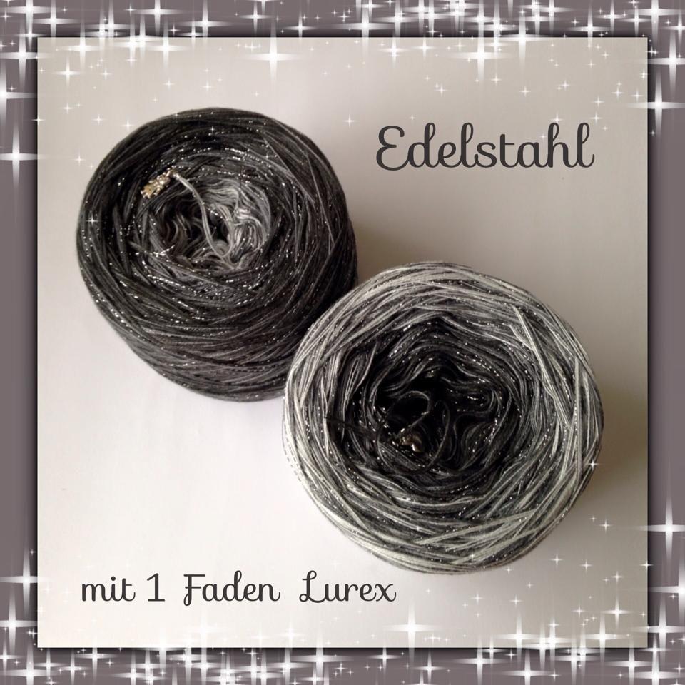 hellgrau, mittelgrau, anthrazit und ein feiner Faden Lurex in schwarz/silber