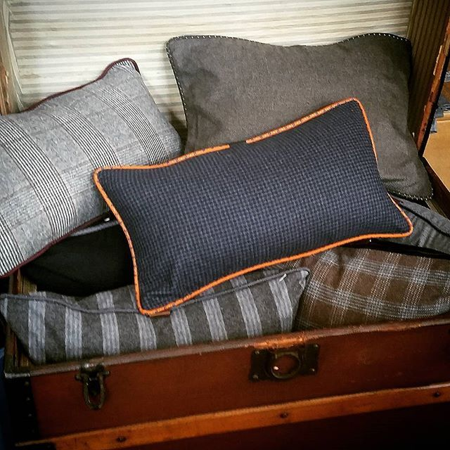 A sartorial treasure chest of tailor made cashmere and wool goodness!  Visit us @tentlondon from 24/9 - 27-9  Stand C12 in T2  #sartorialhome #luxury #menswear #cushions #pillows #sartorial #tailored #tailormade #madeinbritain #interiors #interiordesign #interiorinspiration #masculinedecor #homedecor #decor #mancave #bachelorpad #masculinestyle #mensclothing #mensfashion  #gentleman #menstyle #gq #gqstyle #londonstyle #londonfashion #tentlondon #tentlondon15 #bespoke