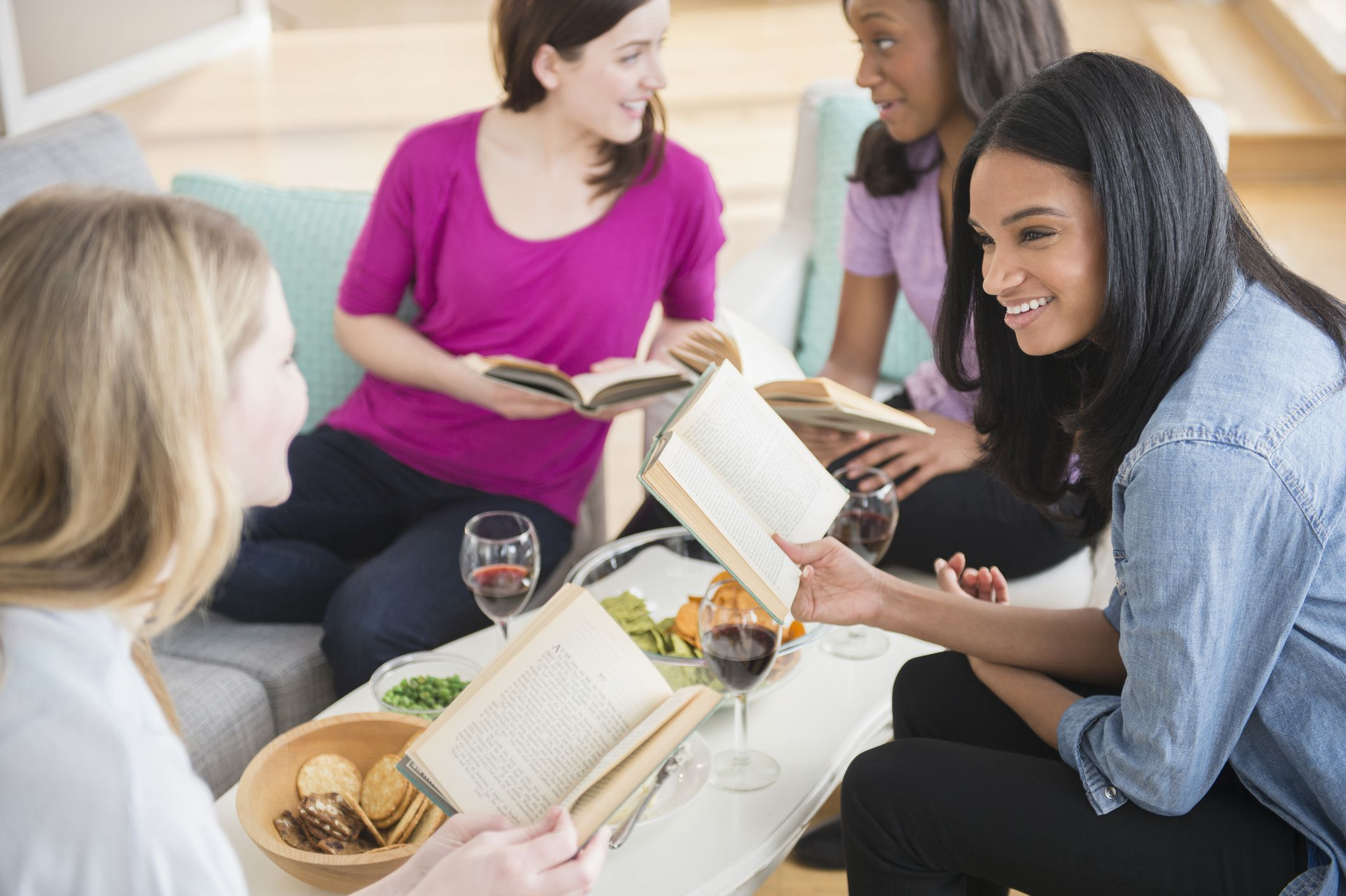 How to lead a successful book club discussion in 2020