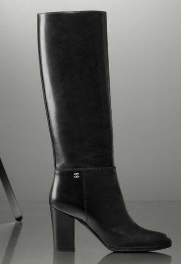 Bottes noires à talon , Chanel , Bottes tendance hiver 2012,2013