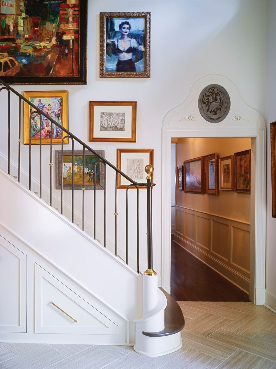 Best Worlds Away Gallery Wall Staircase Staircase Art Home 400 x 300
