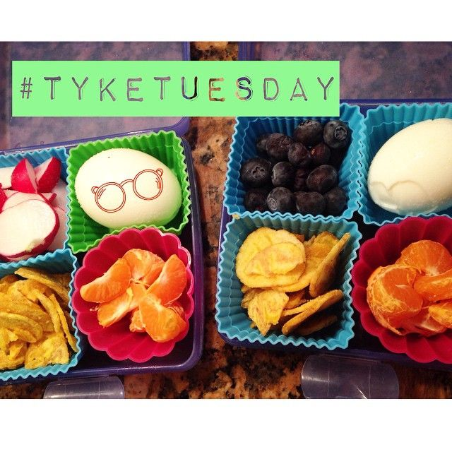 #Tyketuesday  sorry it hasn't been around! It's back!! Today the girls wanted hard boiled egg, blueberries, radishes, cuties & plantain chips. What's your kids favorite lunch item? #paleo #schoollunch #paleokids #jerf #keepitpaleo #grainfree #glutenfree #kids #dairyfree #progressnotperfection K