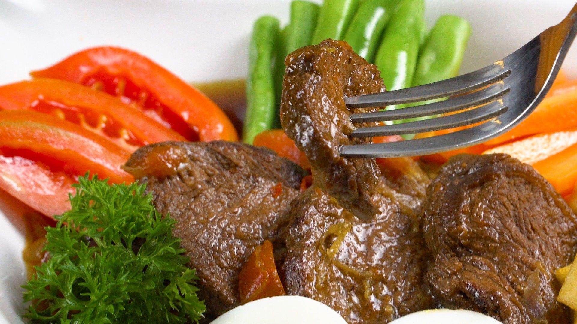 Resep Bistik Daging Khas Solo Sajian Mewah Dengan Kearifan Lokal Pot Roast Makanan Daging