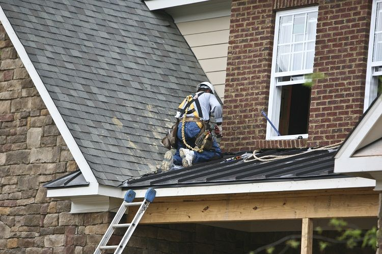 What Can You Expect From A Roofer Service in 2020