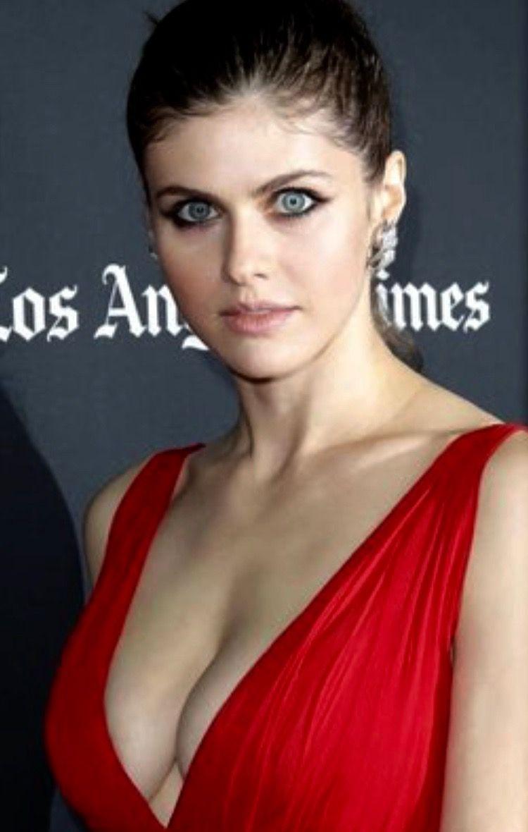 Woman in red dress Alexandra actress, Alexandra