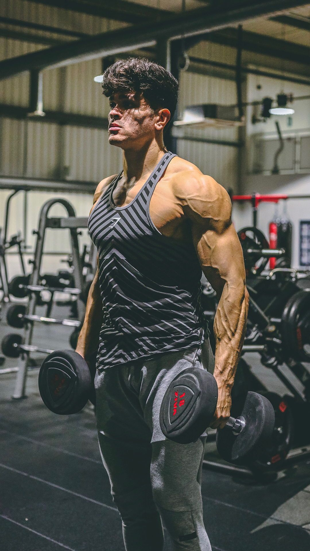 Harry Sellers Harry Sellers Gettin Hot And Sweaty Workin On Those Biceps Gymshark Gym Sweat T Gym Photography Fitness Photography Fitness Photoshoot
