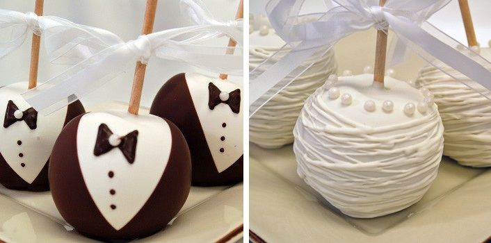 Caramel apples as fall wedding favors but we love the groomgroom
