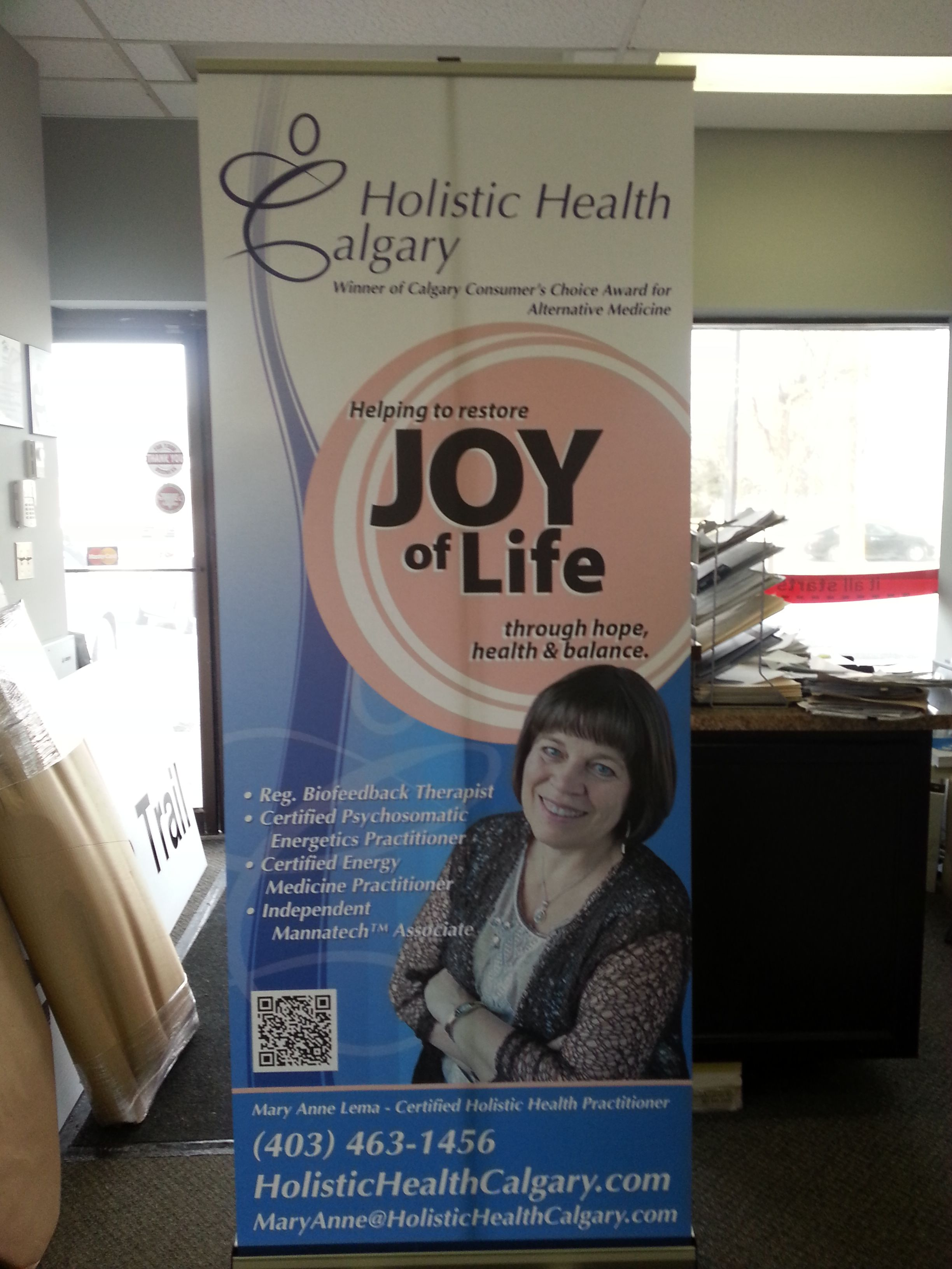 Great Informative Trade Show Banner Stand Done By Speedpro Signs Calgary Ne For Holistic Health Calgary Holistic Health Energy Medicine Tradeshow Banner