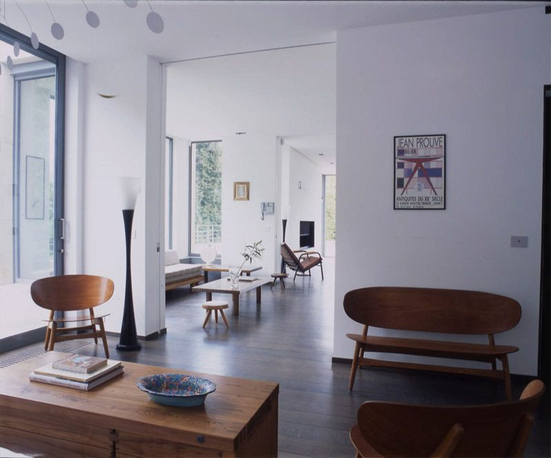 Mid century modern decorated apartment by Marc Corbiau The function