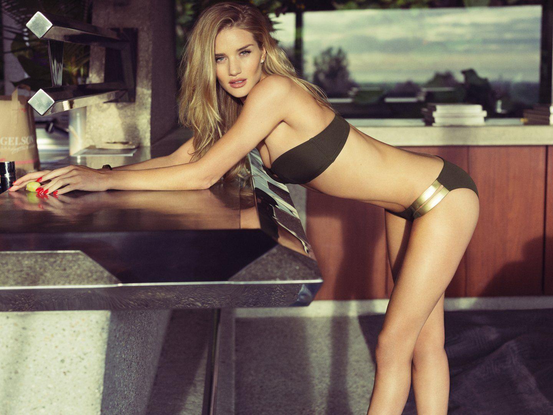 Erotica Rosie Huntington-Whiteley nude photos 2019