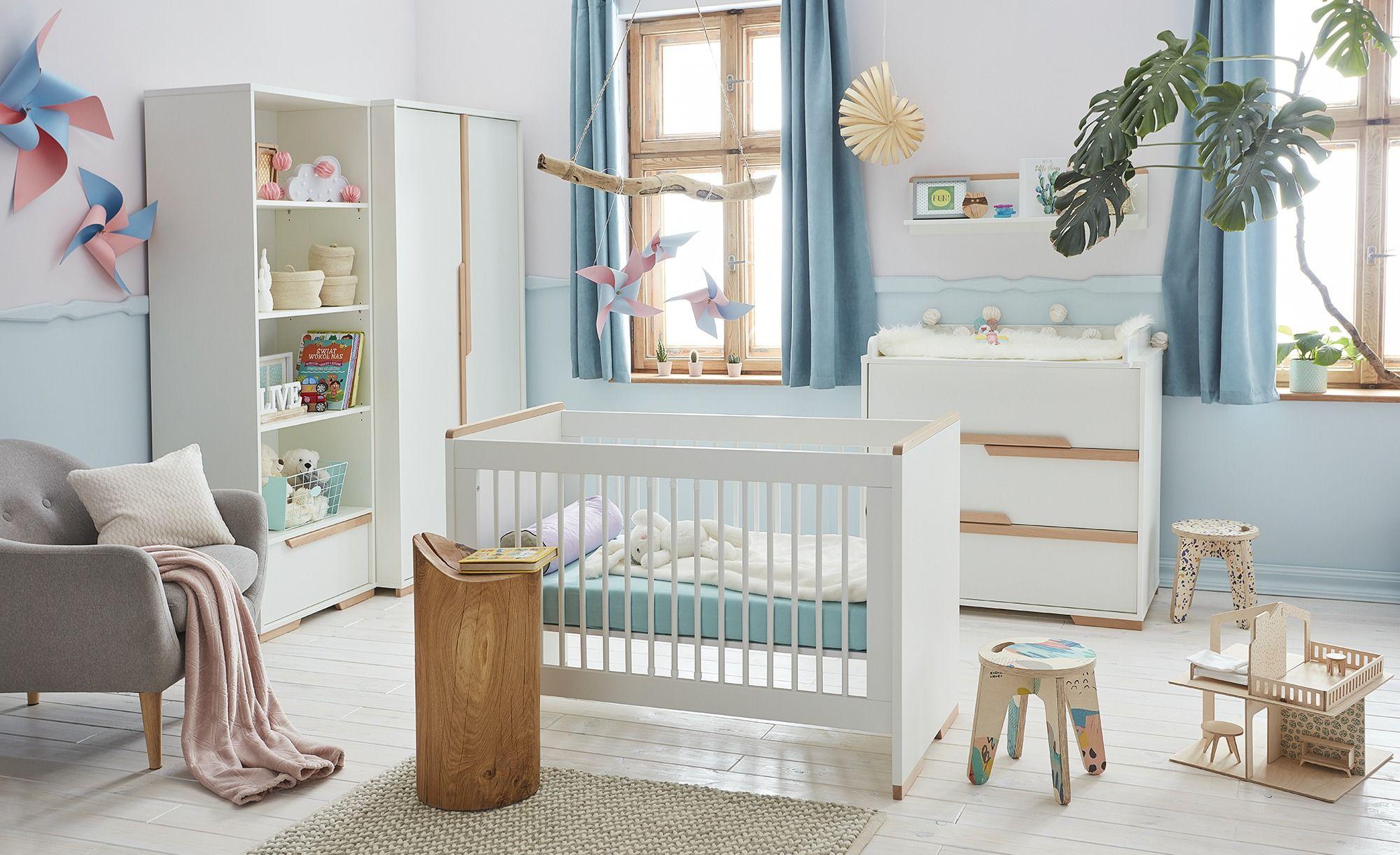 Kleiderschrank Soe Baby möbel, Wickelaufsatz und Babybett