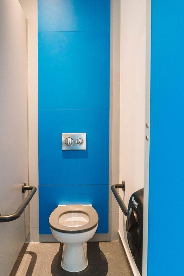 Schule Toilette