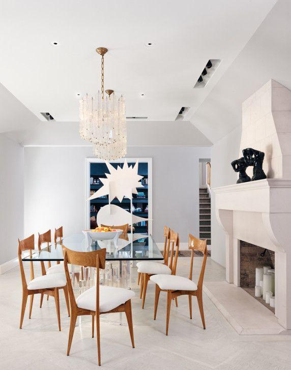 dining room in a dallas house decorated by dallas interior designer
