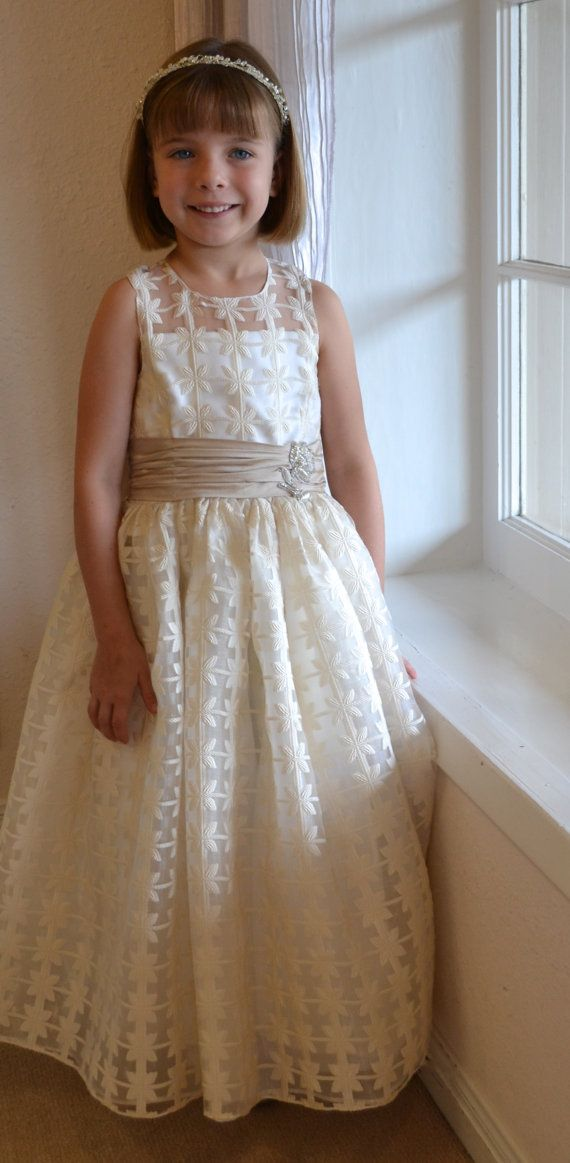 3a5782d216ce Flower Girl Dress Birthday Dress Couture Girls by CouturesbyLaura ...