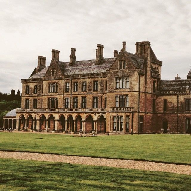 Completely perfect weekend here ❤️ Walton Hall Warwickshire Place to Go UK beautiful building
