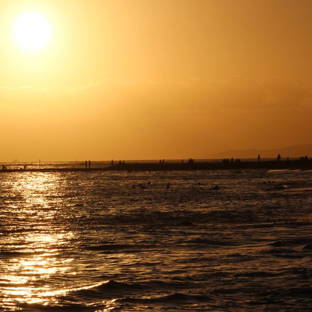 Waiting for the sunset on Waikiki beach on the island of Oahu.