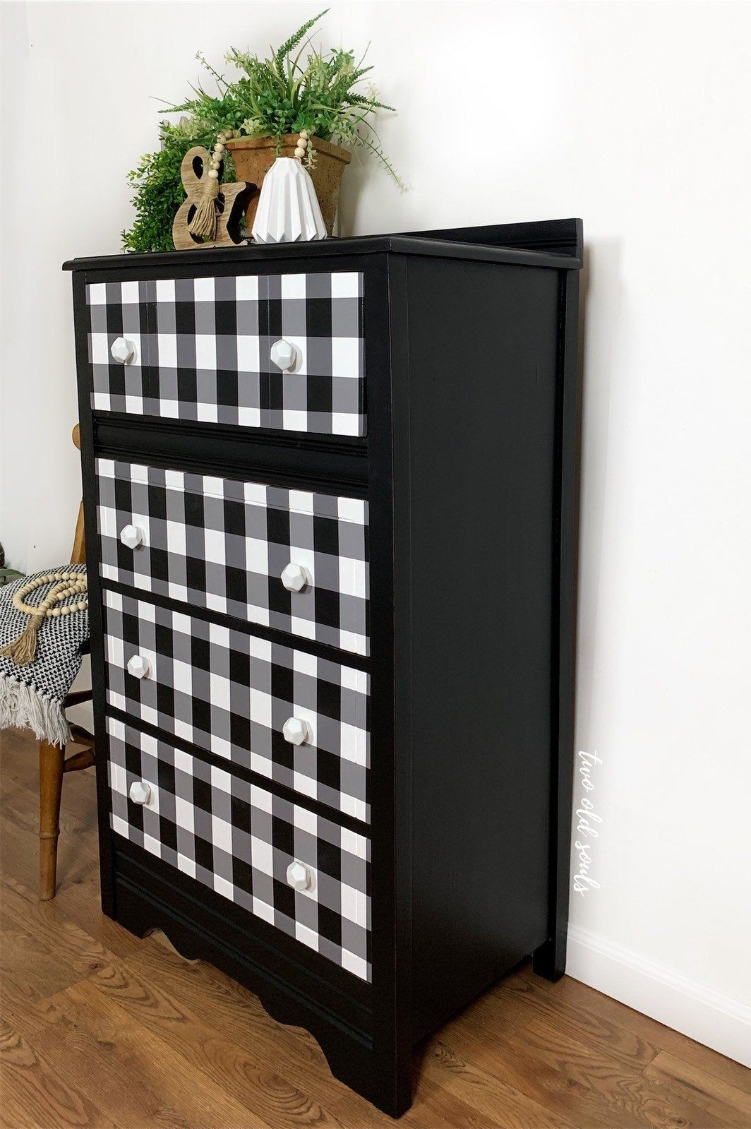 Two Old Souls Buffalo Plaid Petite Dresser Chest Of Drawers Etsy Furniture Handpainted Buffalo Vintage Chest Of Drawers Furniture Master Bedroom Furniture