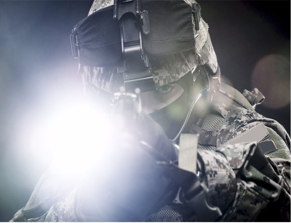 best tactical flashlight u2013 reviews u0026 buying guide