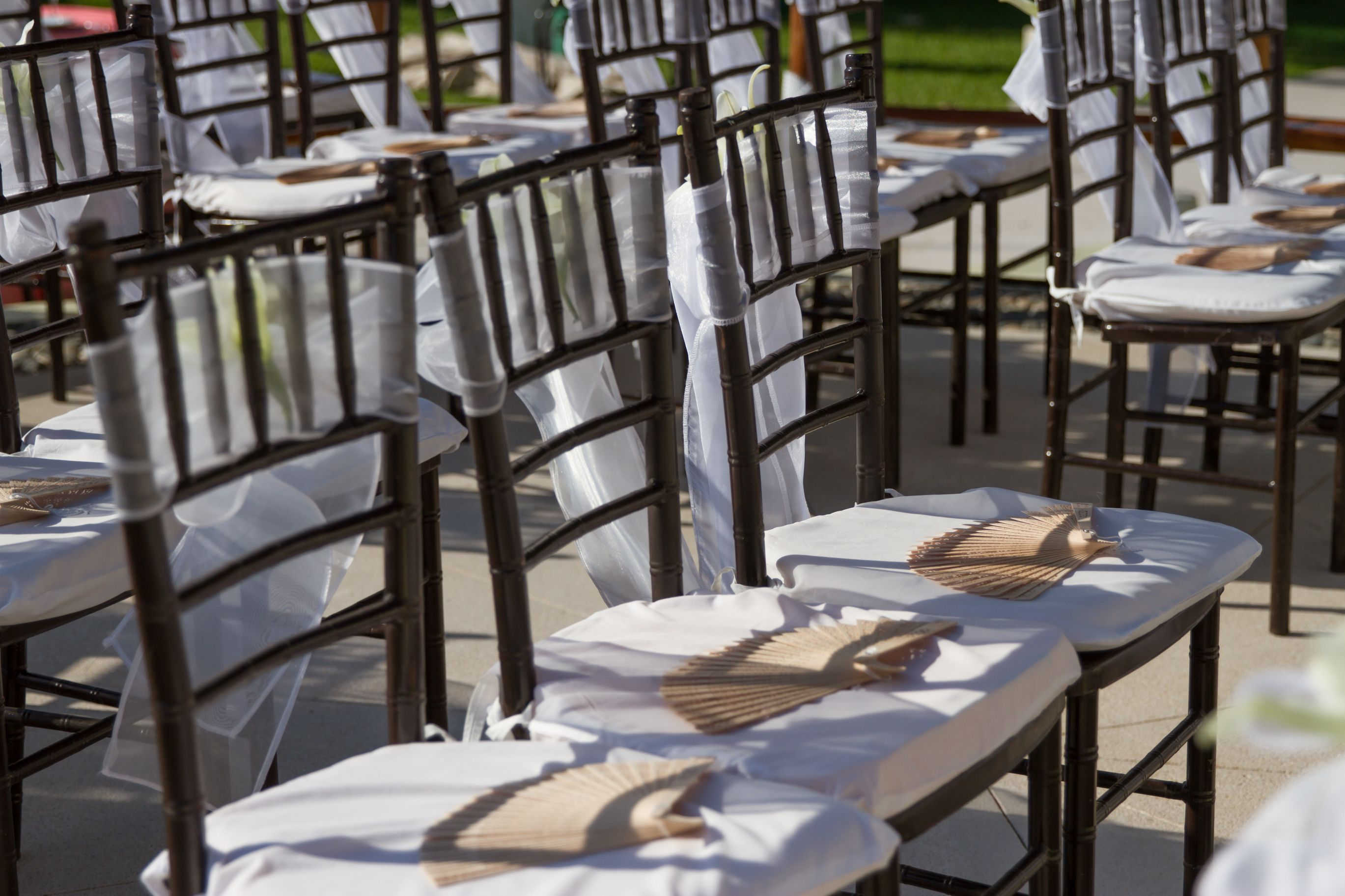 How To Keep Your Guests Comfy At Your Outdoor Wedding: Keep Your Guests Comfortable During Your Outdoor Ceremony