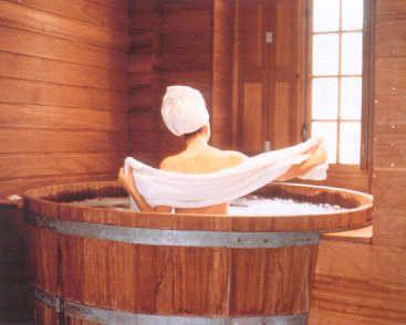 Wine Barrel Bathtub I Want One